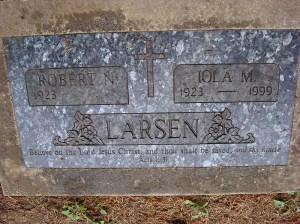 2013-453-larsen,-iola-robert-companion