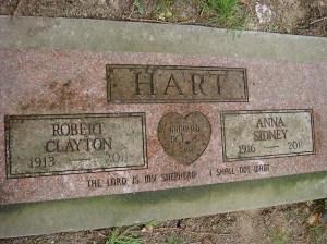 2013-304-hart,-anna-robert-companion-(1)